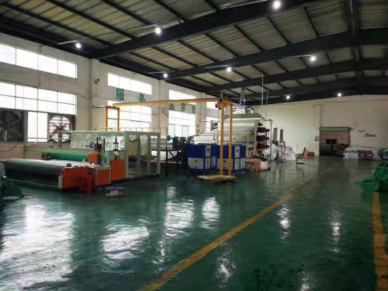 防水板生产现场  防水板生产 第2张